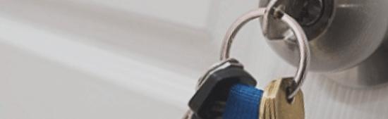 Cerrajeros en Villa de Otura, trabajos de apertura de puertas sin dañar la puerta